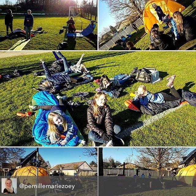 """<a target=""""_blank"""" href=""""https://instagram.com/fdferne/""""><b>fdferne</b></a> De er klar til fortræning i FDF Landsdel 2 - er I også klar? Her foto fra @pernillemariezoey - De dejlige unger fik øvet sig på at slå telt op, lave bål og pakke sovepose og liggeunderlag sammen, for på fredag skal vi på fortræningsweekend til landslejr  #FDFLL #FDFlandsdel2 #fdf #ståsted"""