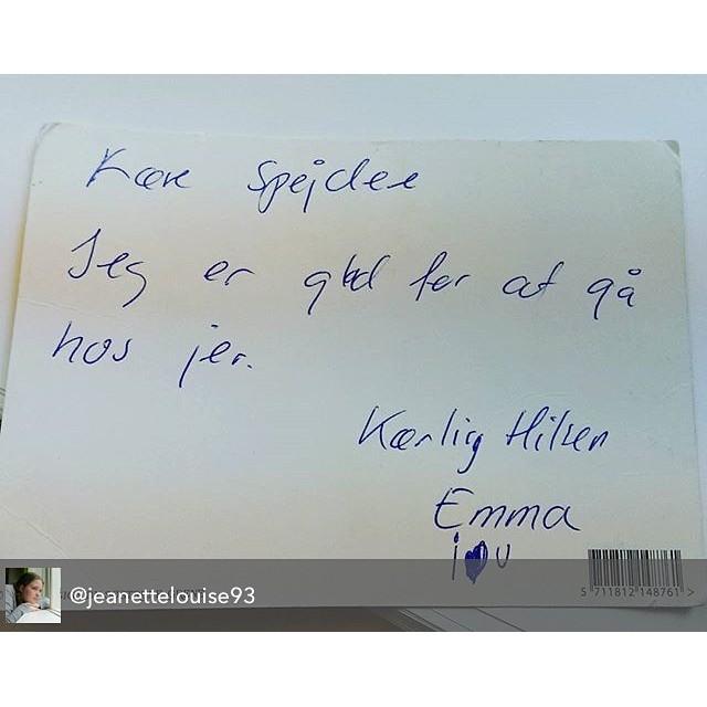 """<a target=""""_blank"""" href=""""https://instagram.com/fdferne/""""><b>fdferne</b></a> En sød hilsen fra en glad FDFer - regram fra @jeanettelouise93 - Postkort i dag fra Emma på 5 år   #postkort #FDF #fdfoplevelser #ståsted #sødebørn #glæde #FDFF4"""